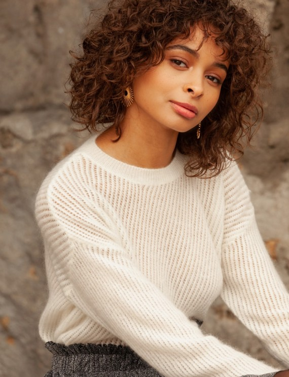Manon white sweater