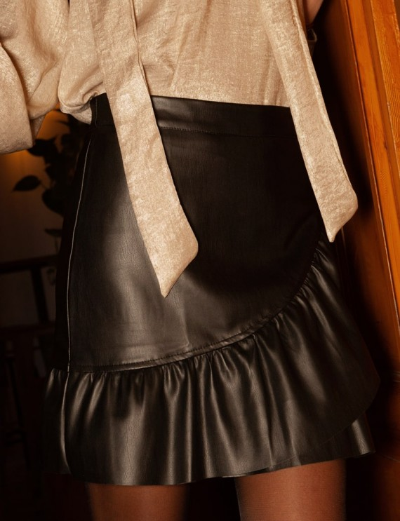 Clara leather effect skirt