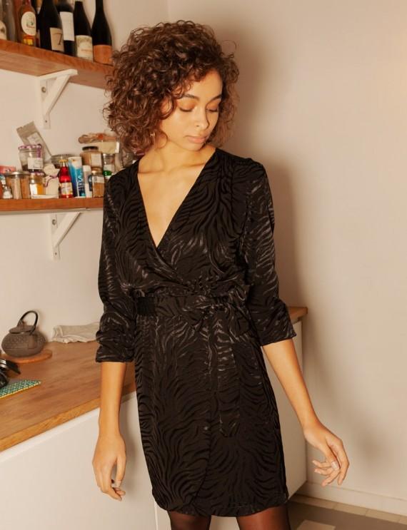 Robe noire Claire