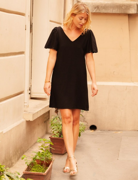 Robe noire Lucie
