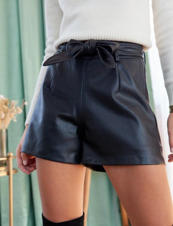 Black Gino shorts