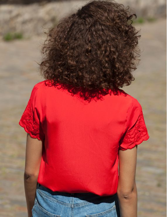 Top rouge Gildo
