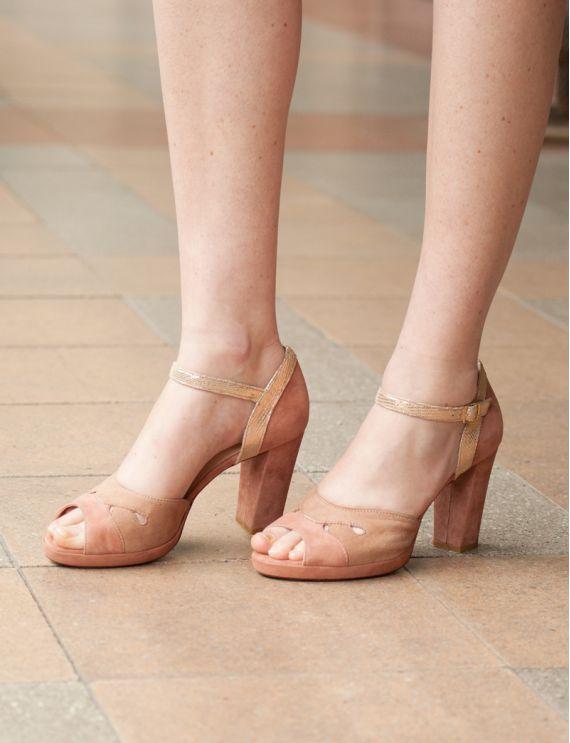 Thédra shoes