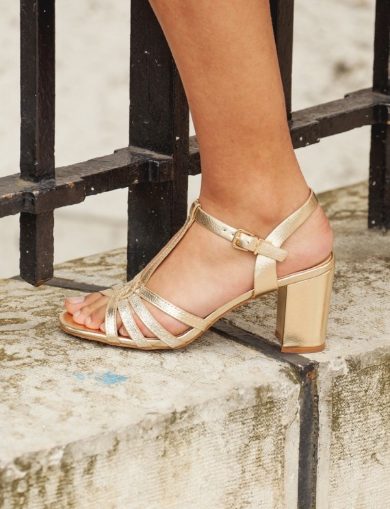 Mèline golden sandals