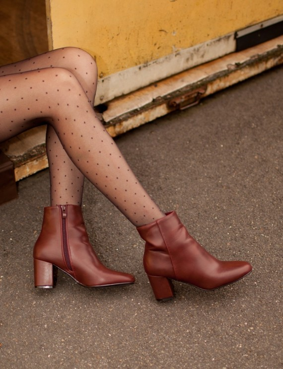 Bernie burgundy boots