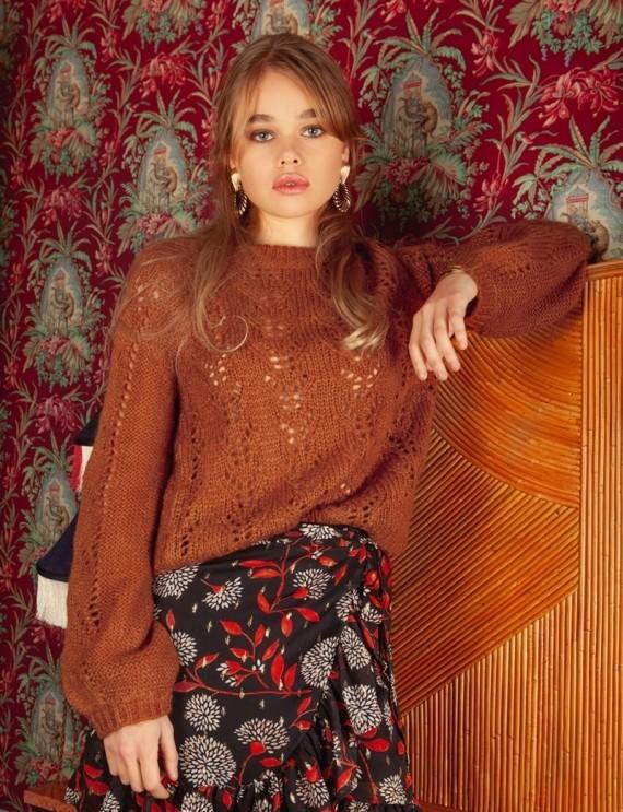 Zola brown sweater
