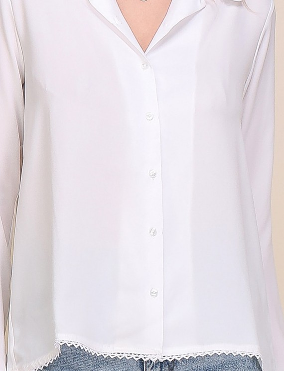 Zoom chemise blanche Ernestine