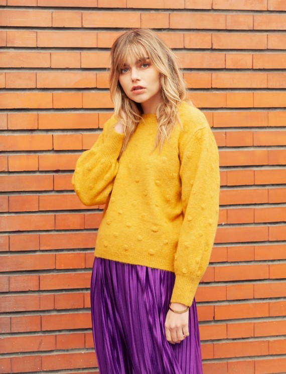 Maia yellow sweater